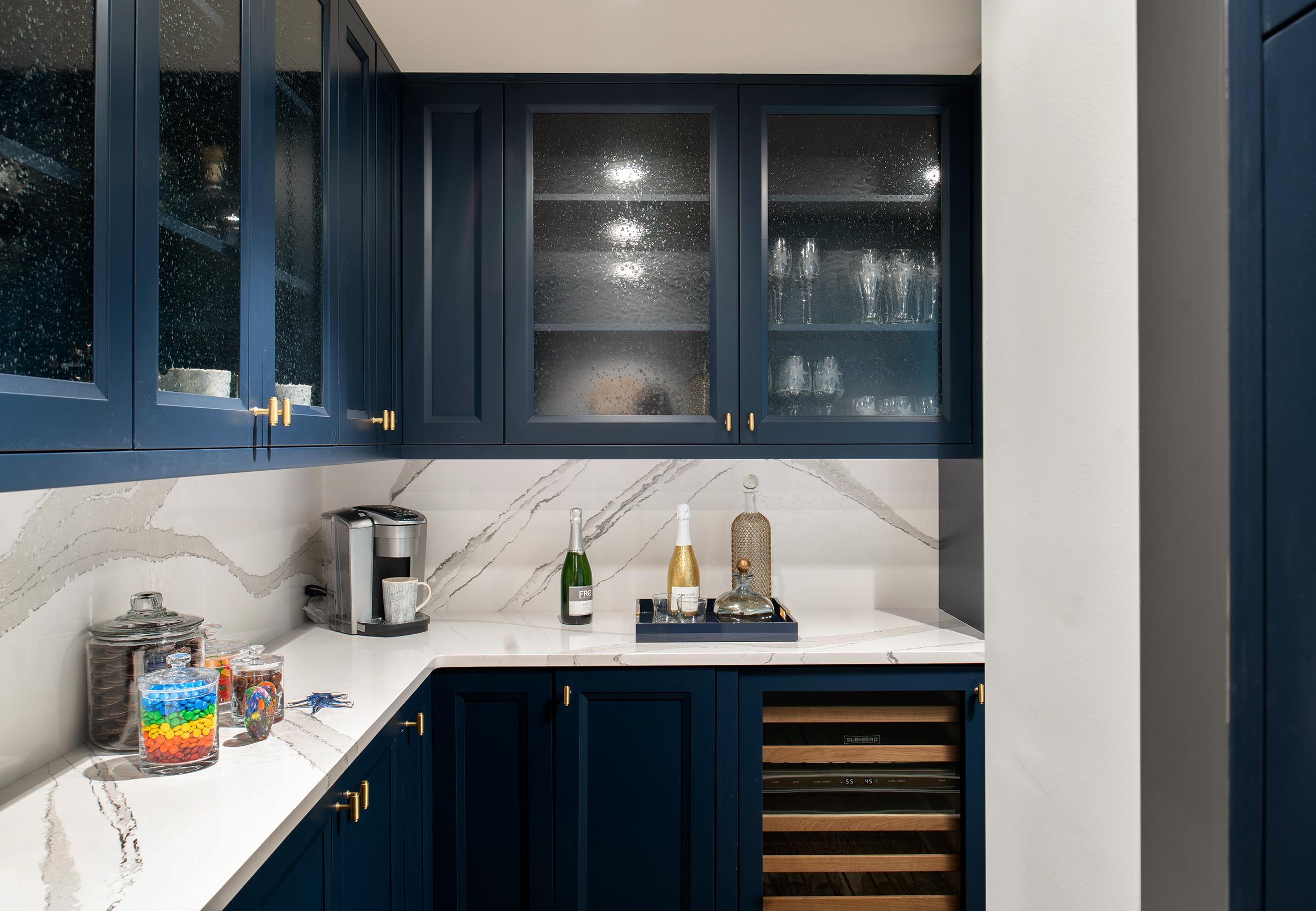 kylie-ponton---belleair-penthouse---pantry-one.jpeg