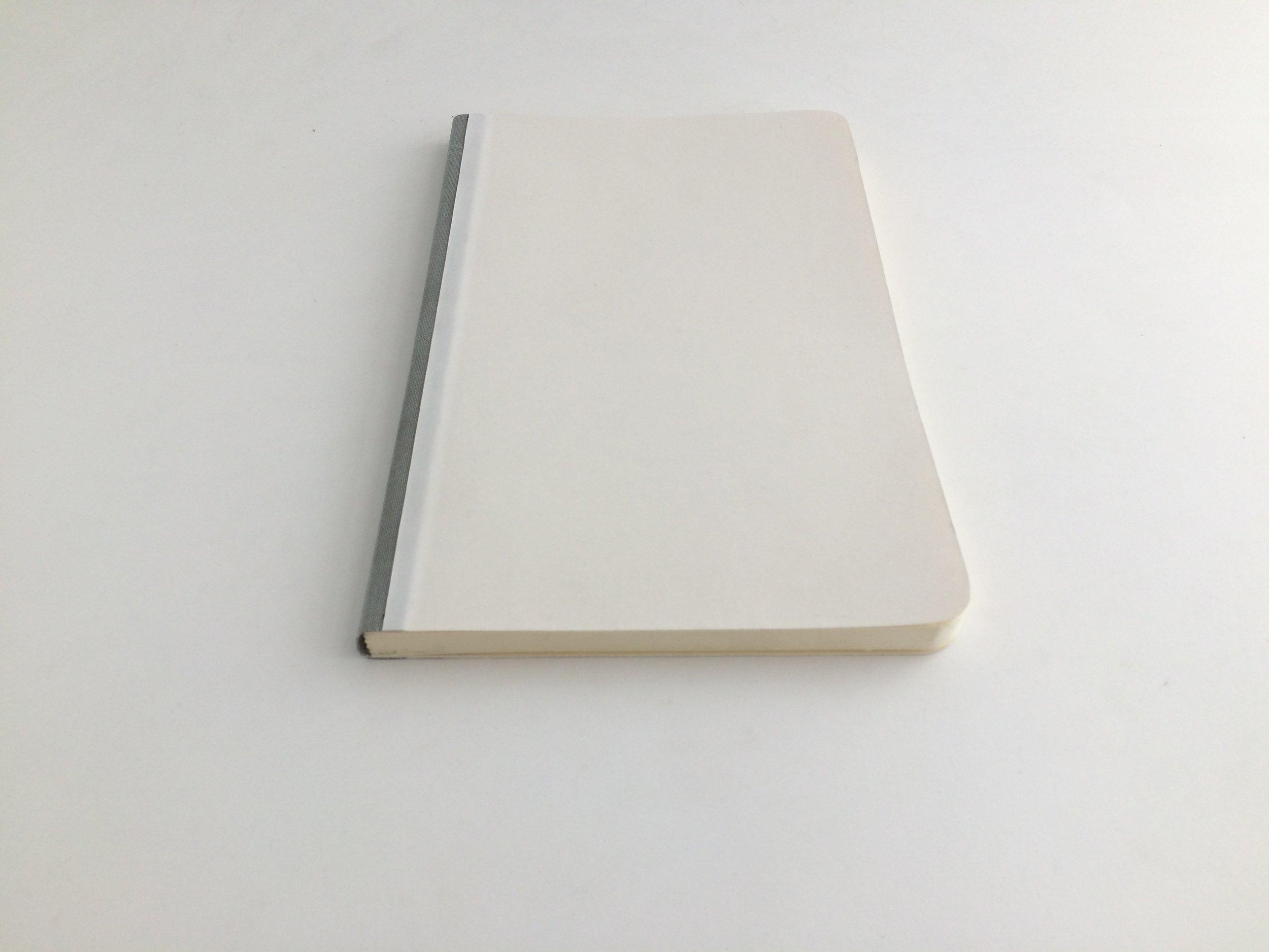 La libreta Soft Cover tiene un grosor de 1.2 cm.