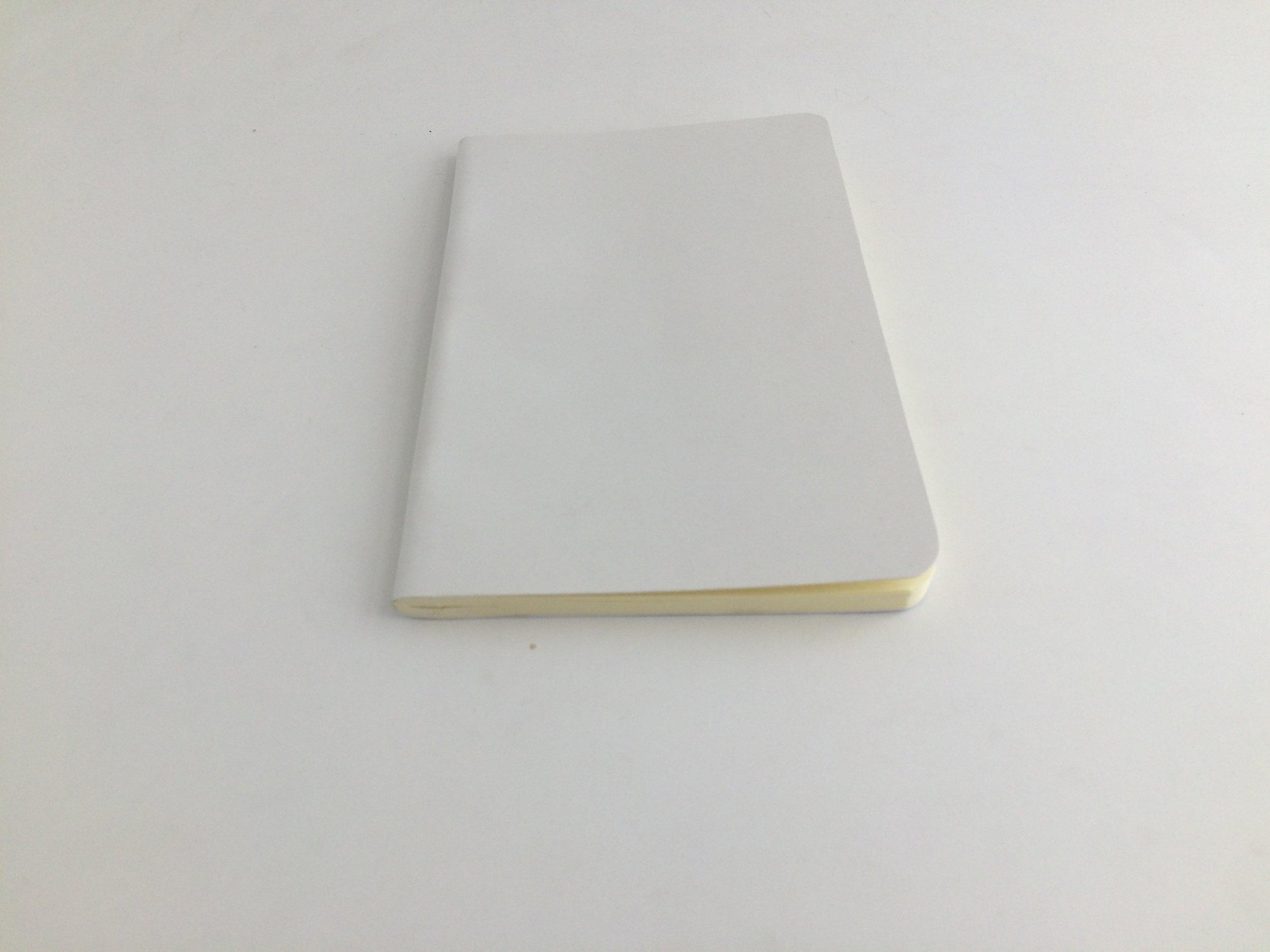 Las libretas pocket tienen un grosor de 4 mm.