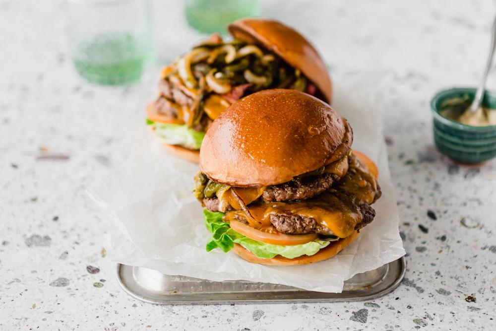green chili cheeseburger_31.jpg