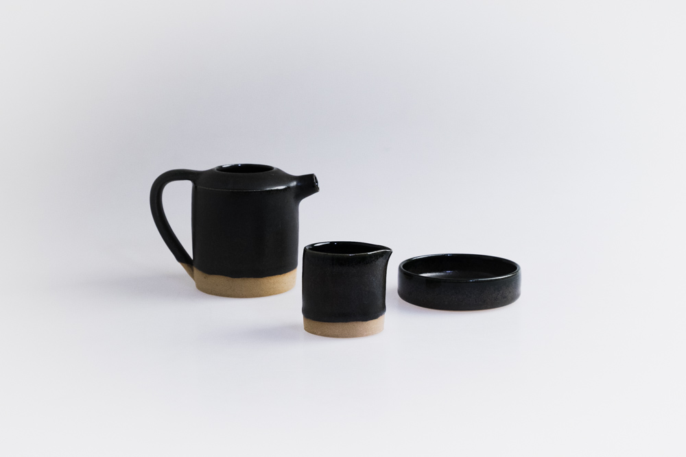 Custom tea set and chilli dish designed and produced for Mitolo Wines Restaurant in late 2017.