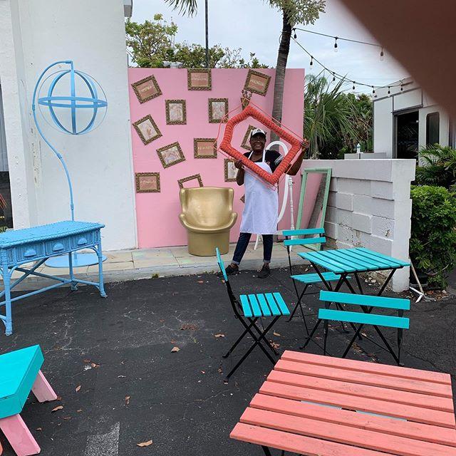 Decorating our VIP room 🙂 Anna-Maria is striking a pose 😉  #theplazabistro #breakersave #redcarpettruck #northbeachvillage #friendsofnorthbeachvillage #eveningJazzfridays #thefoodtruck #weloveourfoodtruck #mimosas