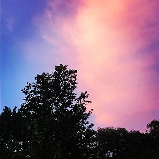 Pink skies on Shabbat Tu b'Av. Ready to celebrate love in a world that desperately needs more of it. #shabbatshalom #shabbat #tubav #love