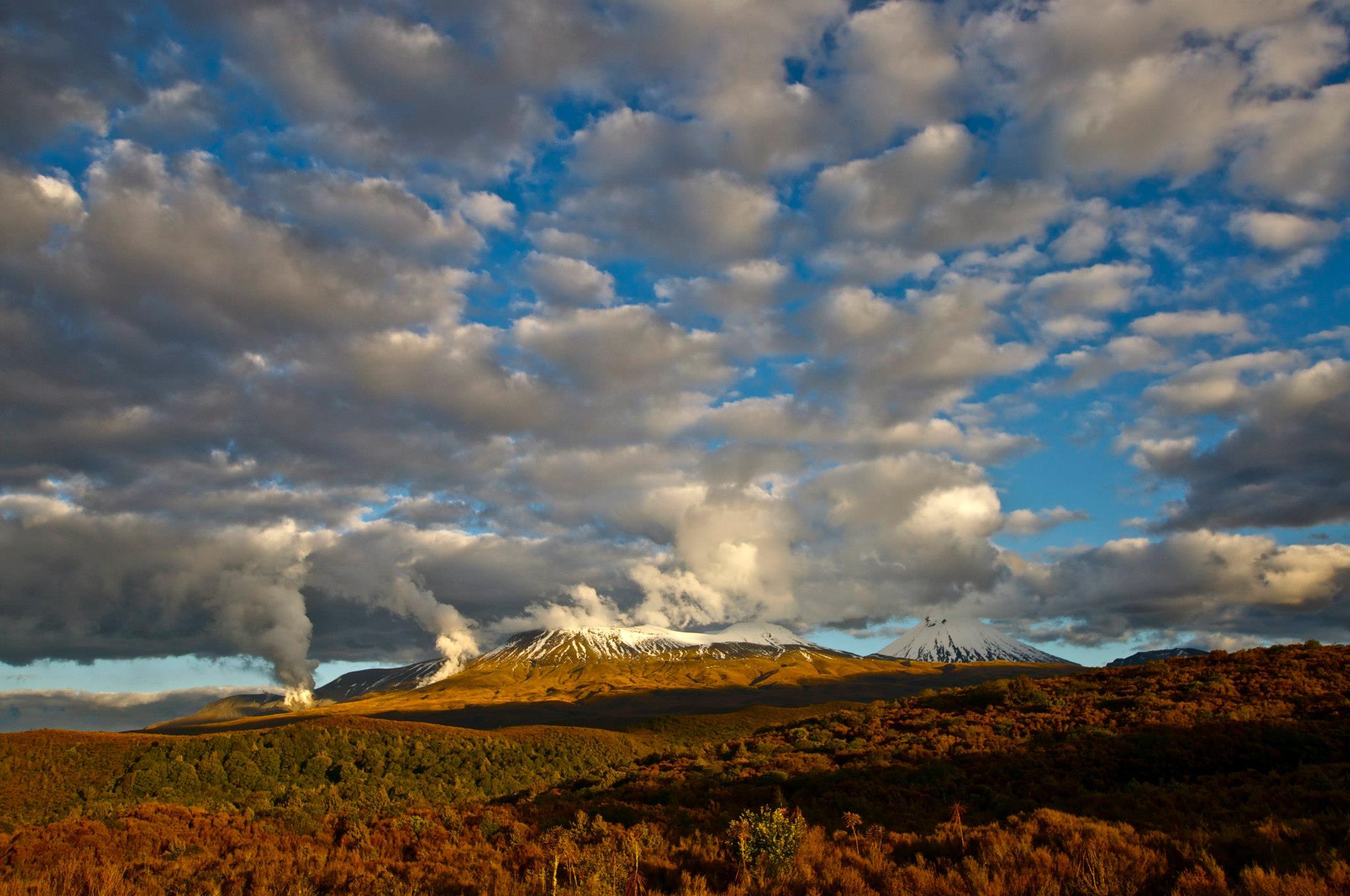 Steaming Tongariro.jpg
