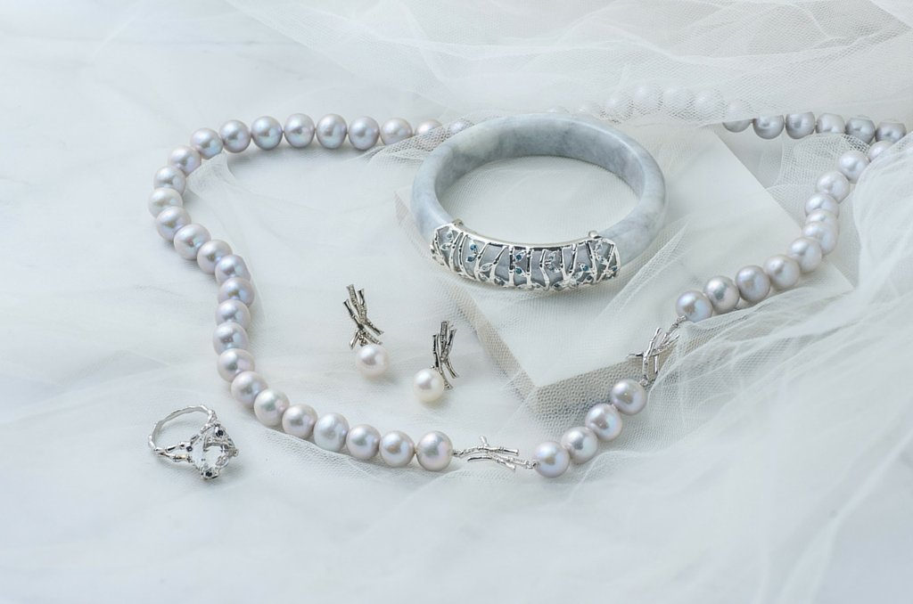 The classic Bamboo Collection with freshwater pearls.