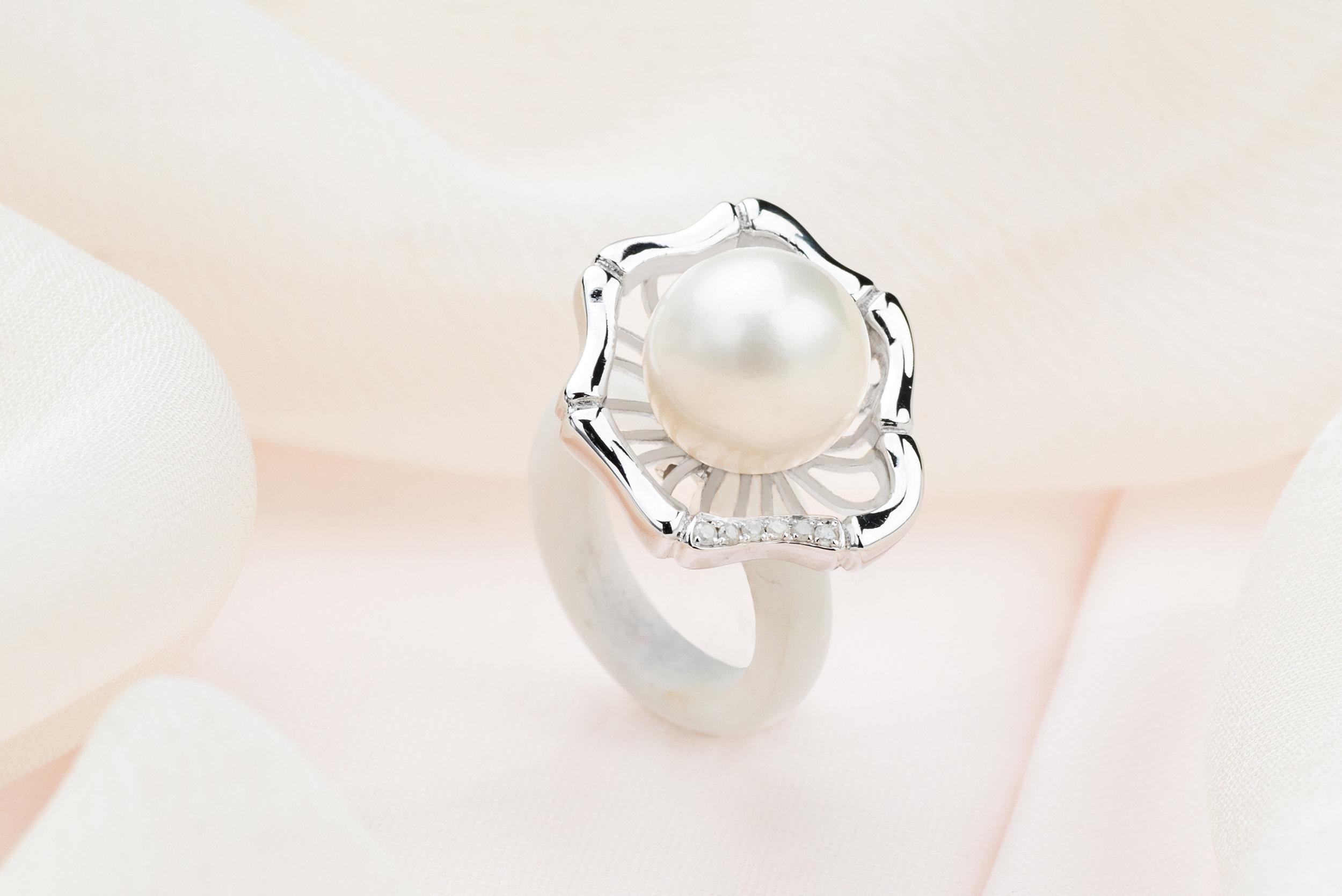 Choo Yilin Bamboo Weave Pearl Ring