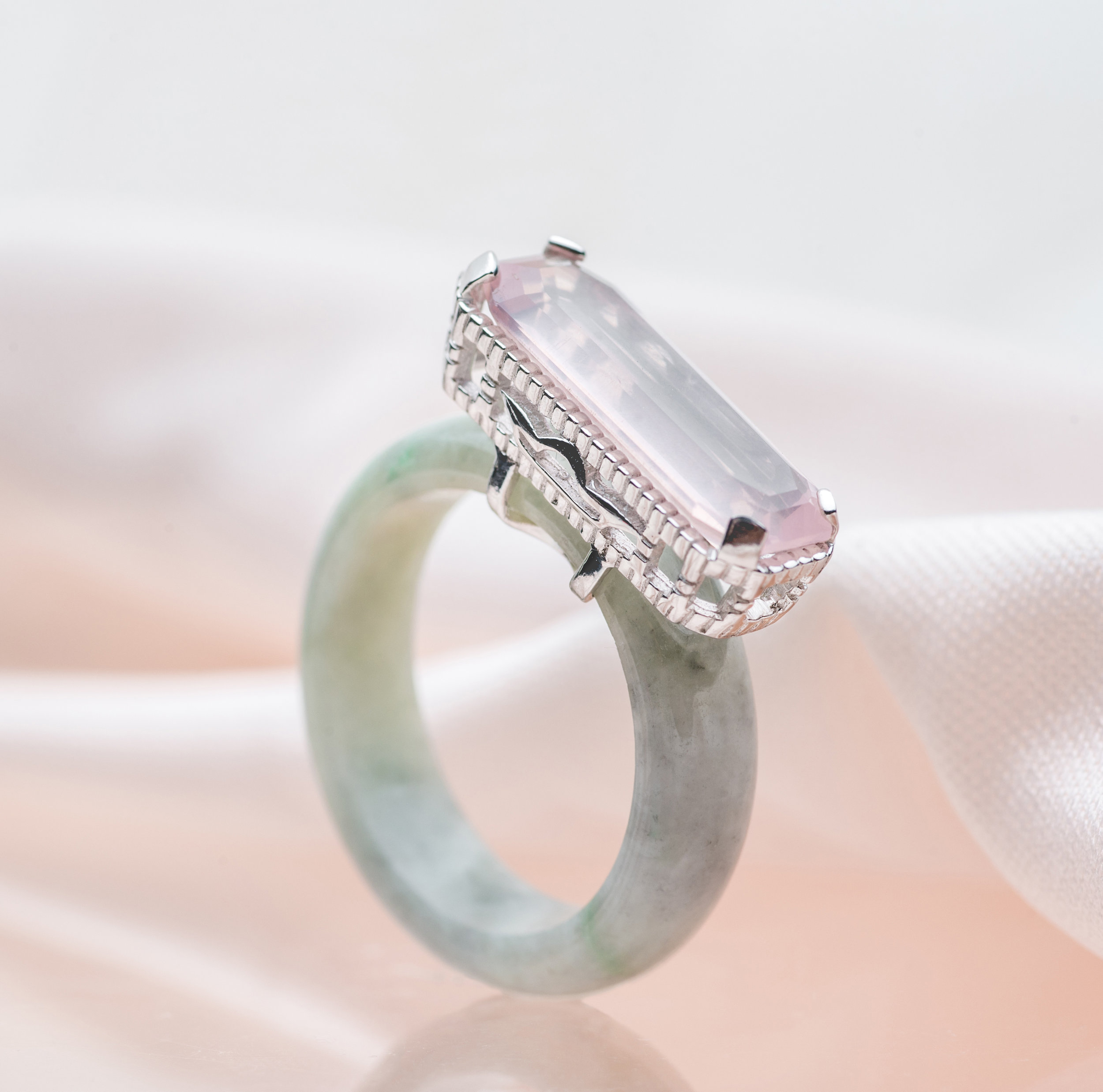 Rose Quartz: For Harmony - Complete with its gentle pale pink hues, it's no wonder why the Rose Quartz has acquired the moniker,