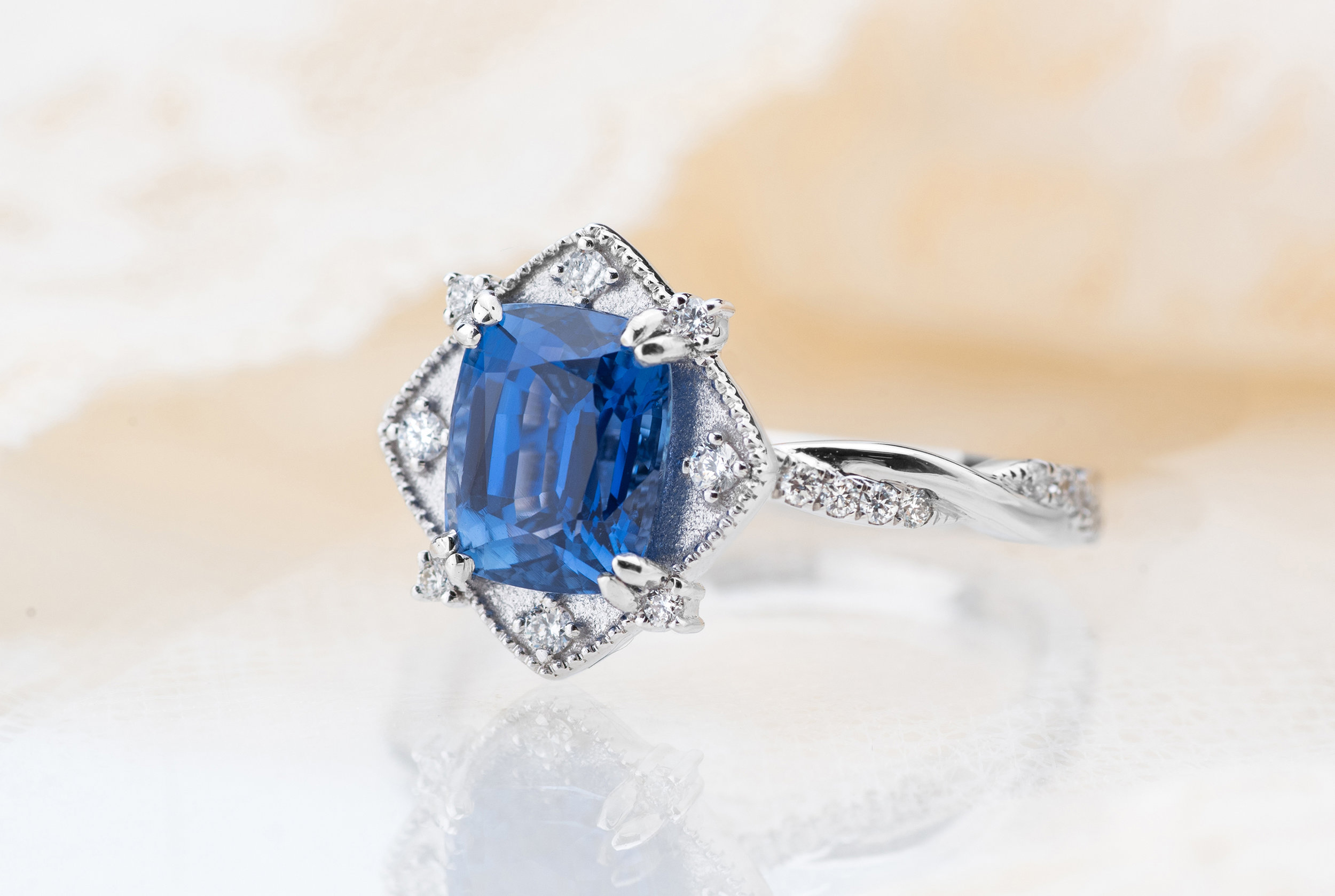 Choo Yilin Bespoke 18kt white gold engagement ring with a stunning 2.1ct Cornflower Blue Sapphire