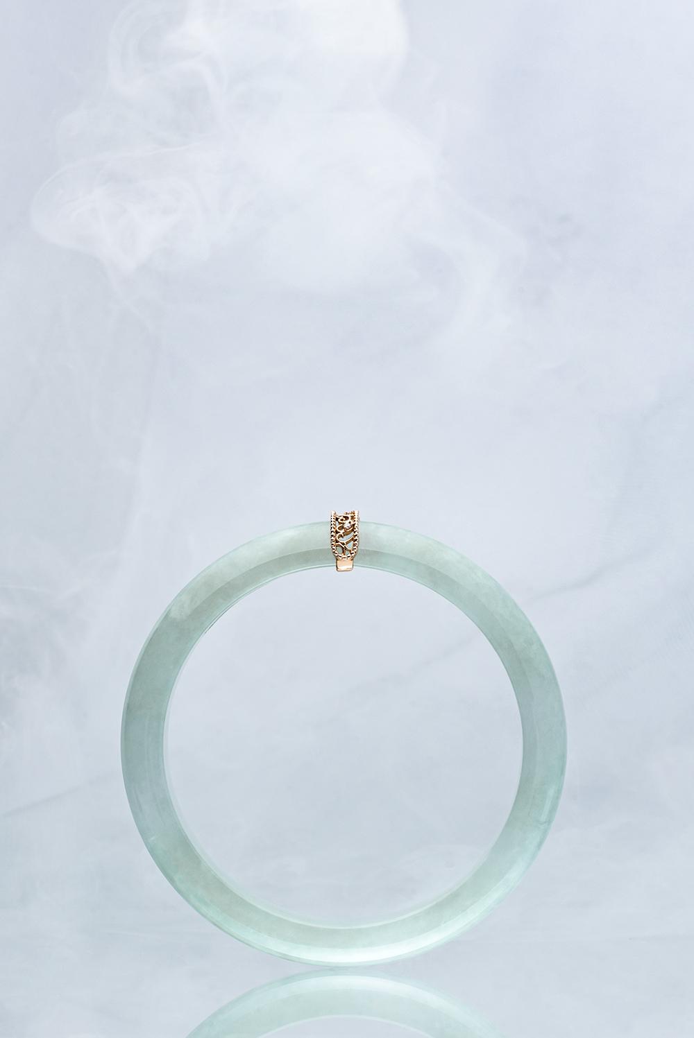 Lunar Jade Collection: World's Top 1% of Jadeite Bangles