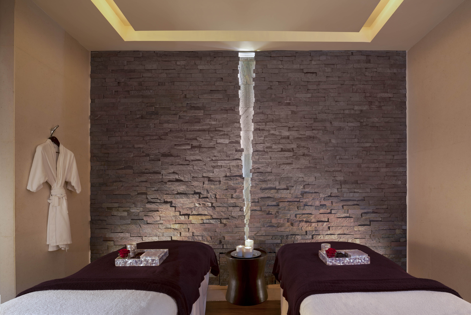 Remède-Spa-Couple-Therapy-Room.jpg