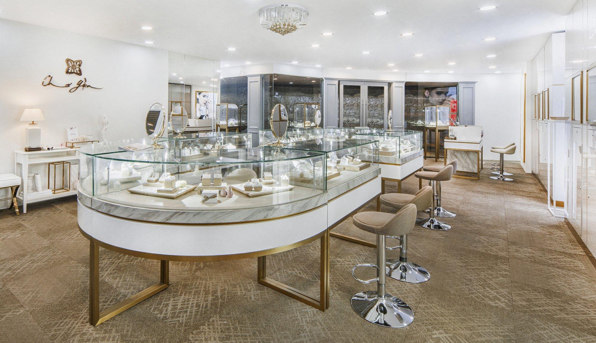 Choo Yilin Flagship Boutique at Mandarin Gallery