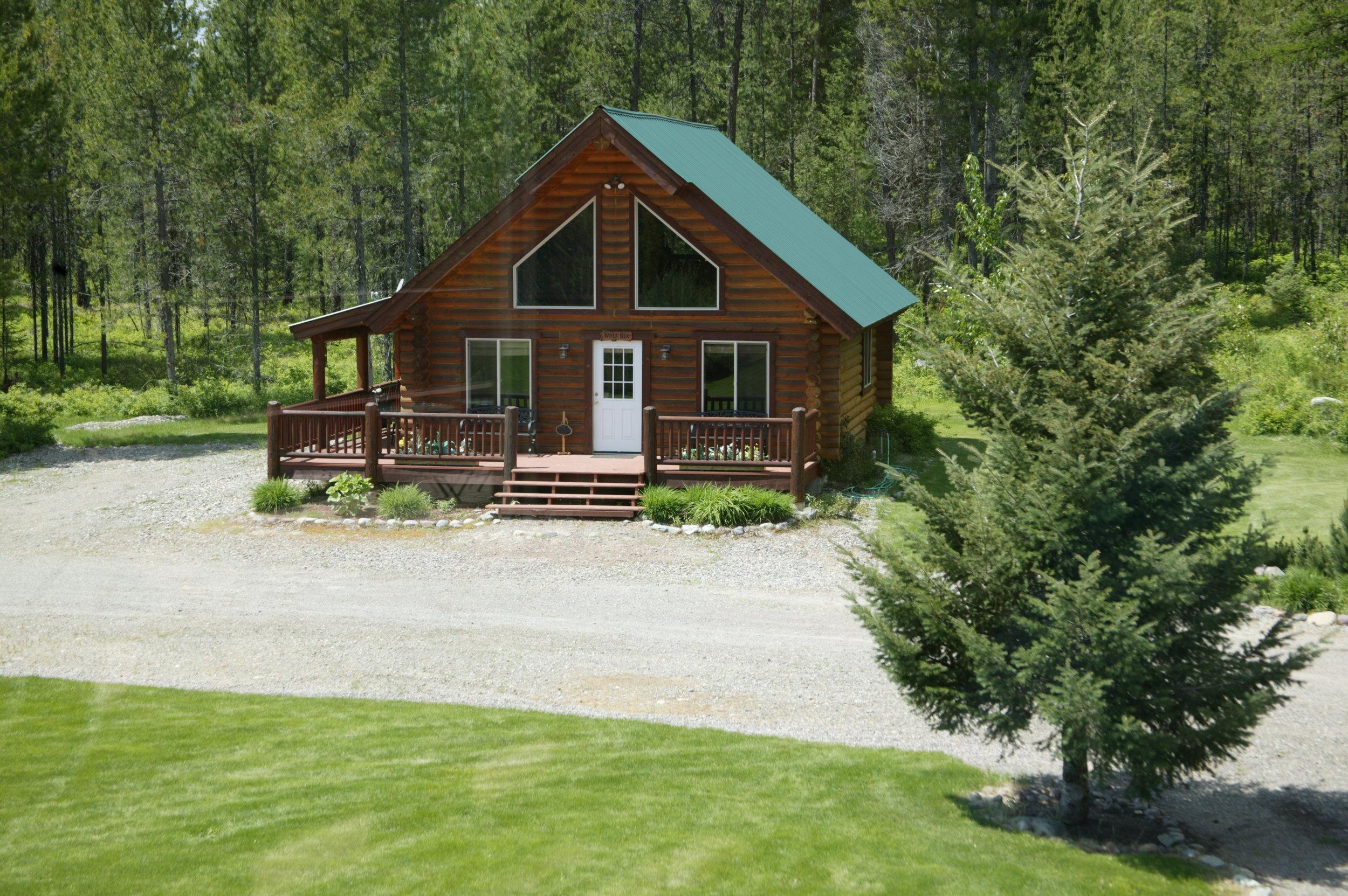 The Wolf Den Cabin