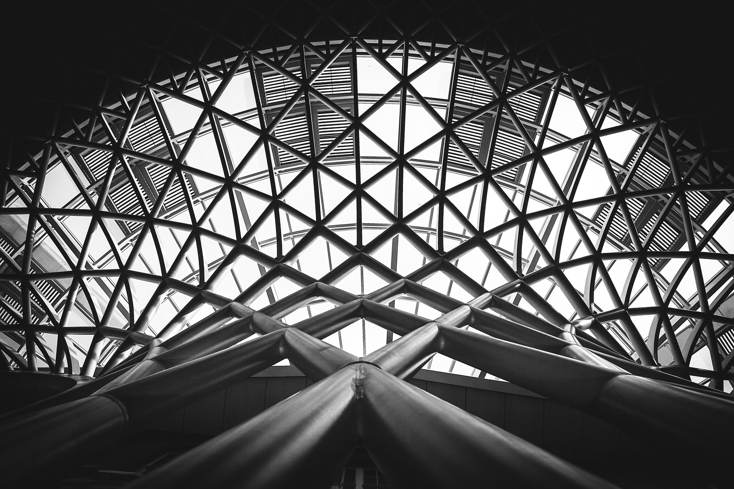 architecture-black-and-white-building-175771.jpg