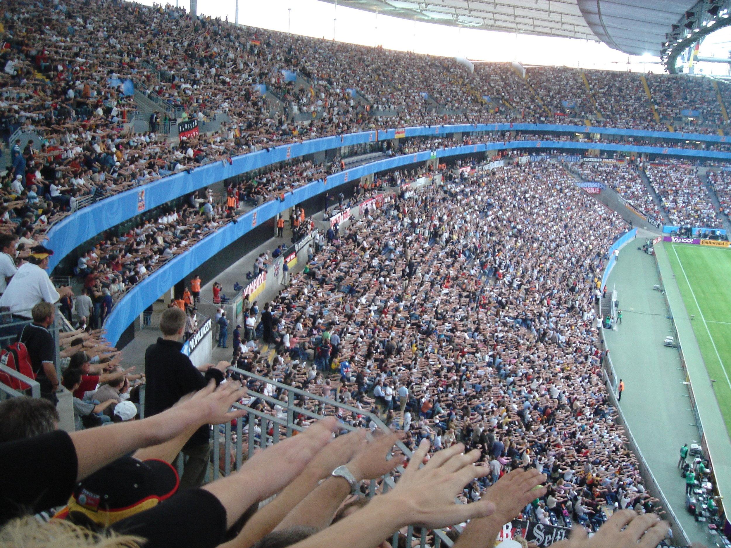 reaching crowd.JPG