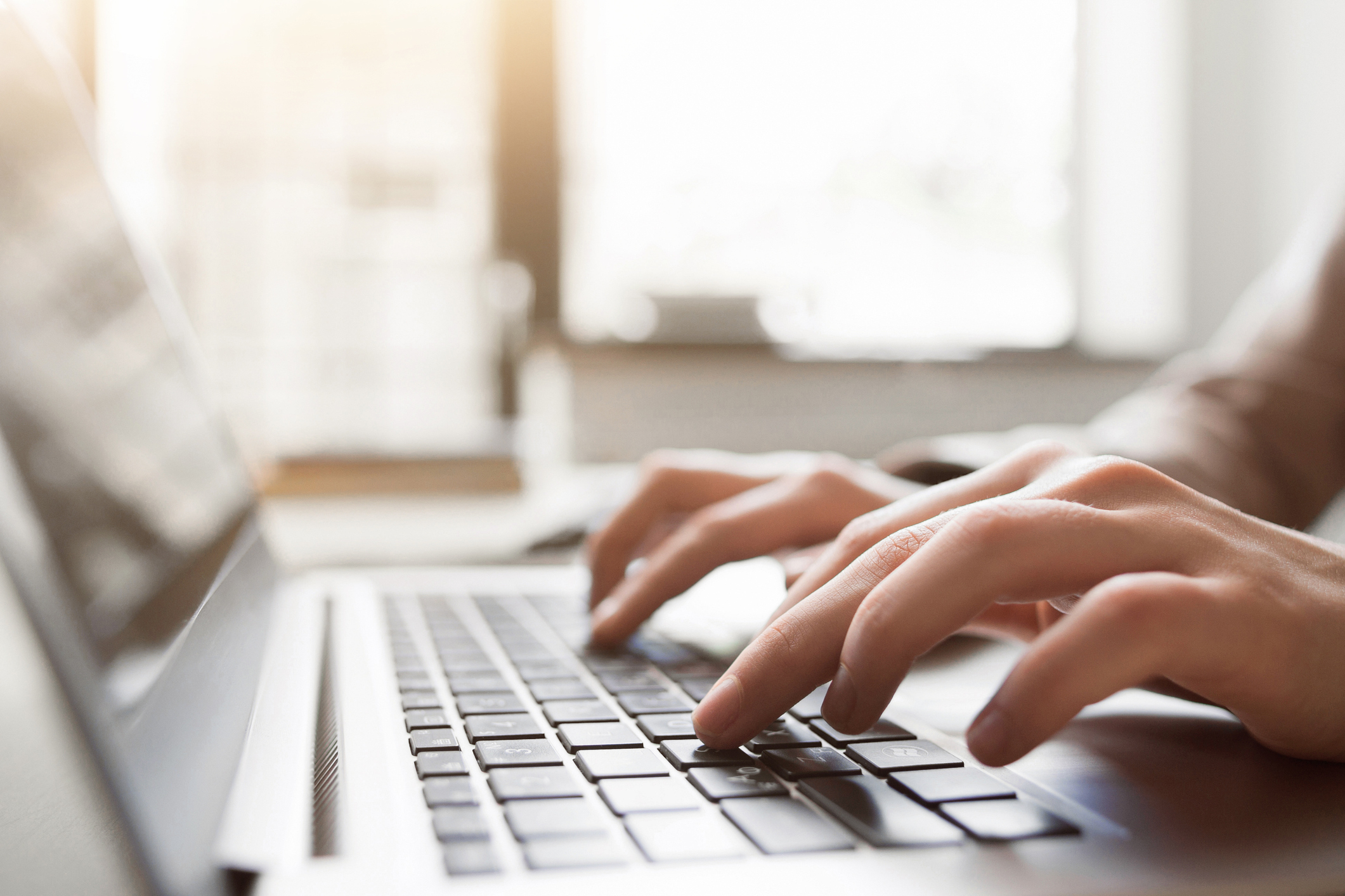 Find helpful external links to assist you with managing your student loan account.