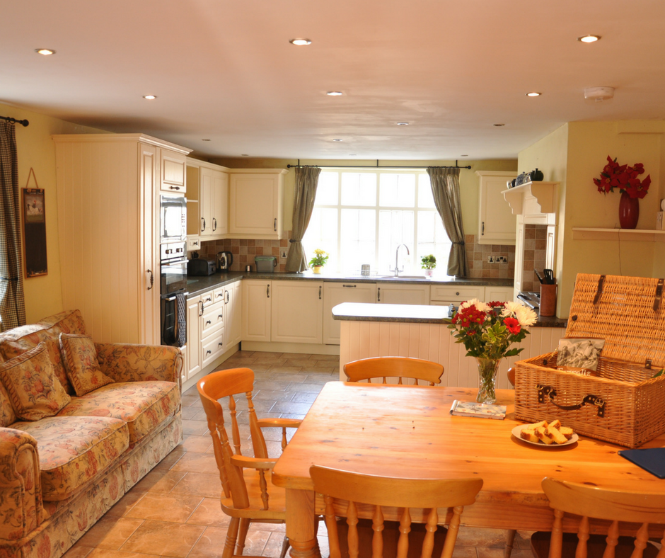 Stay in lovely llanhedric house.