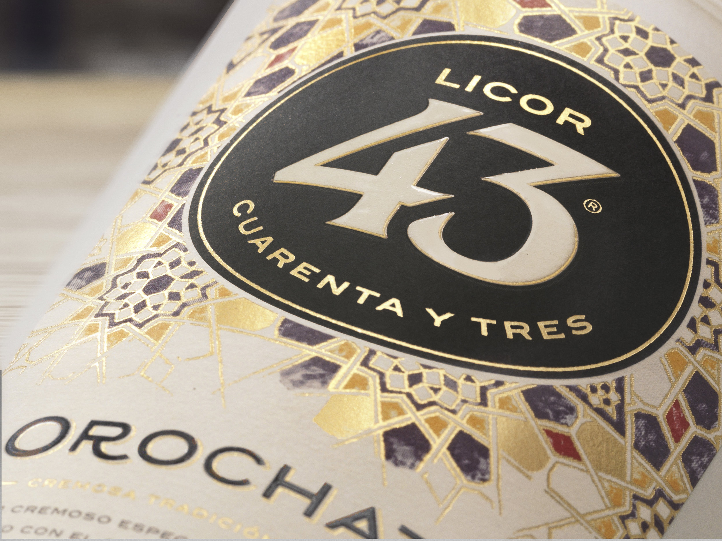 Licor 43 Orochata_Detail_VF.jpg