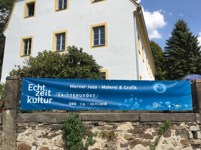 Ankündigung der Kunstausstellung von Werner Juza, 2018  Foto © ORLA e.V.