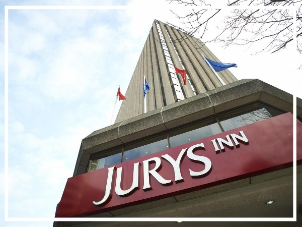 Jurys Inn Birmingham - City Centre HotelThe Jury's Inn Birmingham offers 20 meetings rooms and 25 syndicate rooms ensuring it's at the top of it's game for business guests. In the heart of Birmingham city centre, the hotel is just a short walk from all the main attractions and has recently been refurbished.