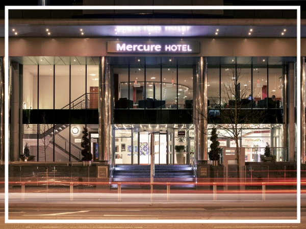 Mercure Cardiff Holland House - 4* HotelA modern and exciting hotel, the Mercure Cardiff Holland House Hotel & Spa boasts unrivalled views of the vibrant city centre. It has 15 fully equipped meeting rooms and can accommodate up to 700 guests; making it the biggest hotel conference facility in Cardiff.