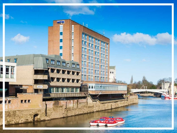 Park Inn by Radisson York City Centre - City Centre HotelThis central York hotel has 200 inviting guest rooms and 13 modern meeting rooms capable of holding up to 400 delegates. A great choice for a team build in York; Park Inn by Radisson York City centre also enjoys a splendid riverside location on the banks of the River Ouse.