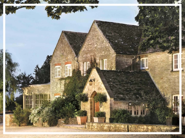Calcot Manor - 4* Manor House HotelCalcot Manor is one of the most highly-acclaimed of today's new breed of British Country hotels, cuddled by beautiful gardens and its own 220 acre-estate, three miles west of the quiet market town of Tetbury.