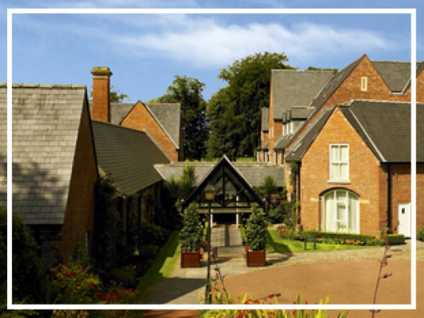 Worsley Park Marriott Hotel & Country Club - 4* Country House HotelSet within 200 acres of beautiful parkland, Worsley Park is the ideal backdrop for your next team building event. The hotel boasts 158 guest rooms and nine meeting rooms capable of holding upto 250 delegates as well as three restaurants and a spa.