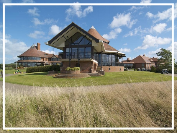 East Sussex National Hotel - 4* HotelSet in 1100 acres of English countryside, East Sussex National is a multi-facility complex close to several major transport links and Gatwick Airport. Offering 104 bedrooms and 10 meeting rooms, the vast conference facilities can accommodate up to 400 delegates.