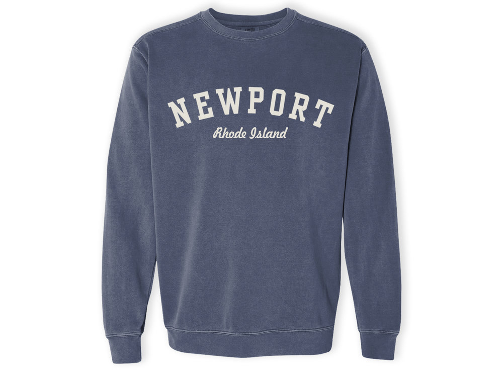 Newport Rhode Island RI Vintage Sports Design Navy Print Sweatshirt