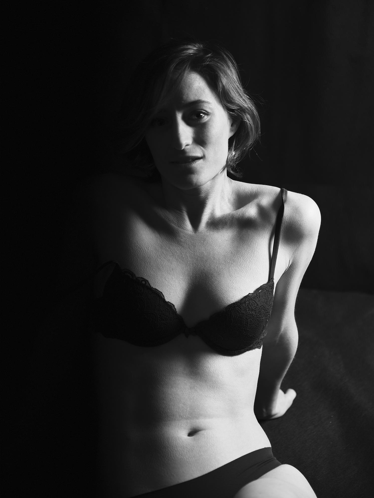 model : Eleonora
