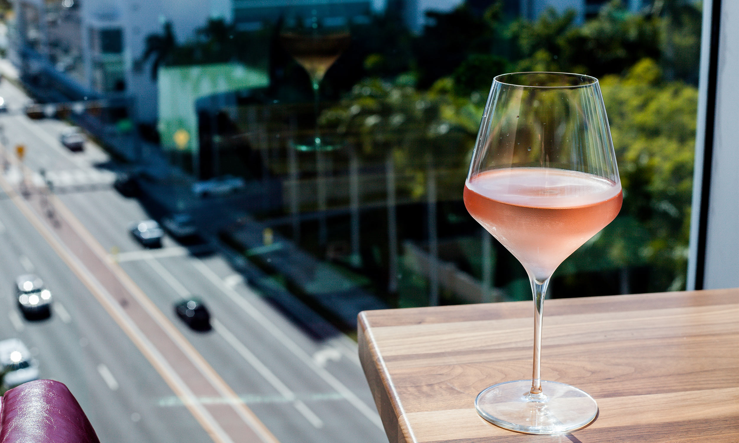 bridges-restaurant-drinks-sarasota-fl-3.jpg