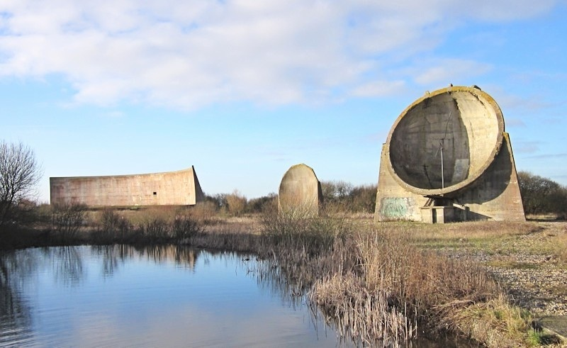 The_Sound_Mirrors_at_Greatstone_.jpg