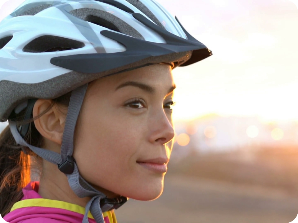 woman_helmet.jpg