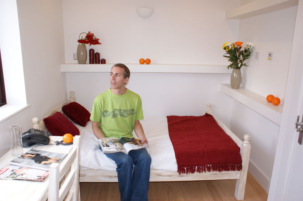 Bedroom 4 - GQ.JPG