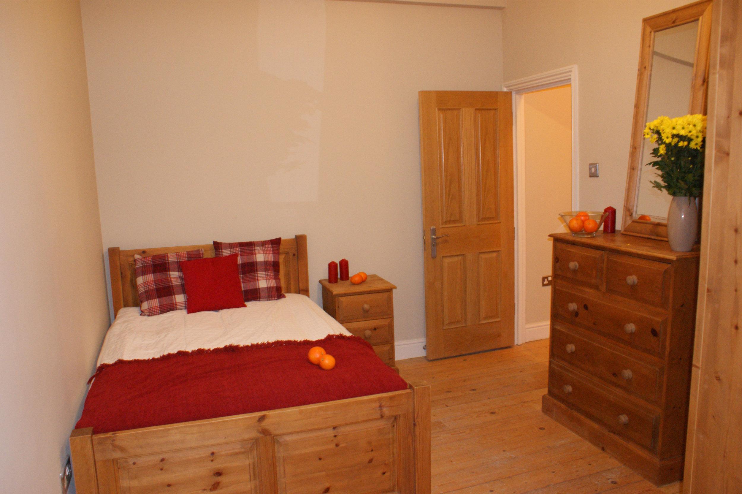 Room2_4.jpg
