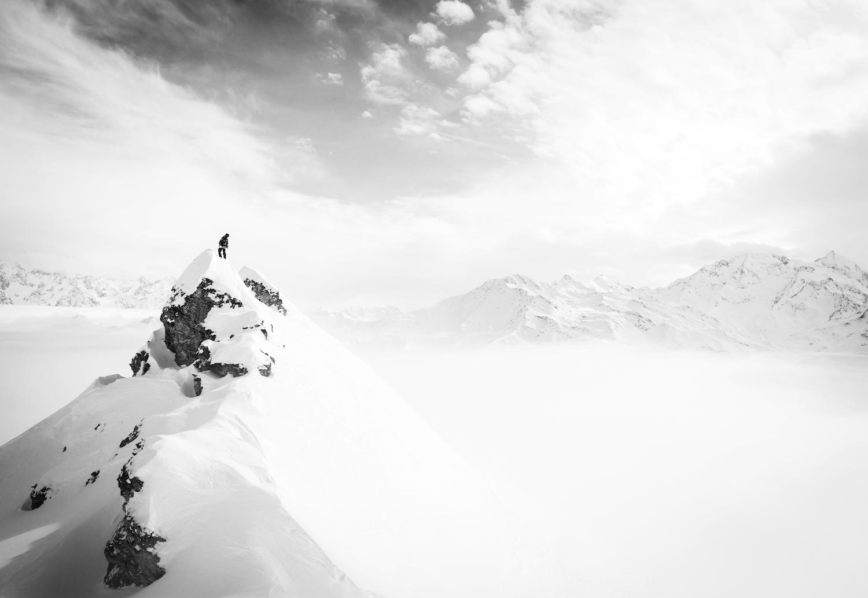 RENOUN_Skis.jpg