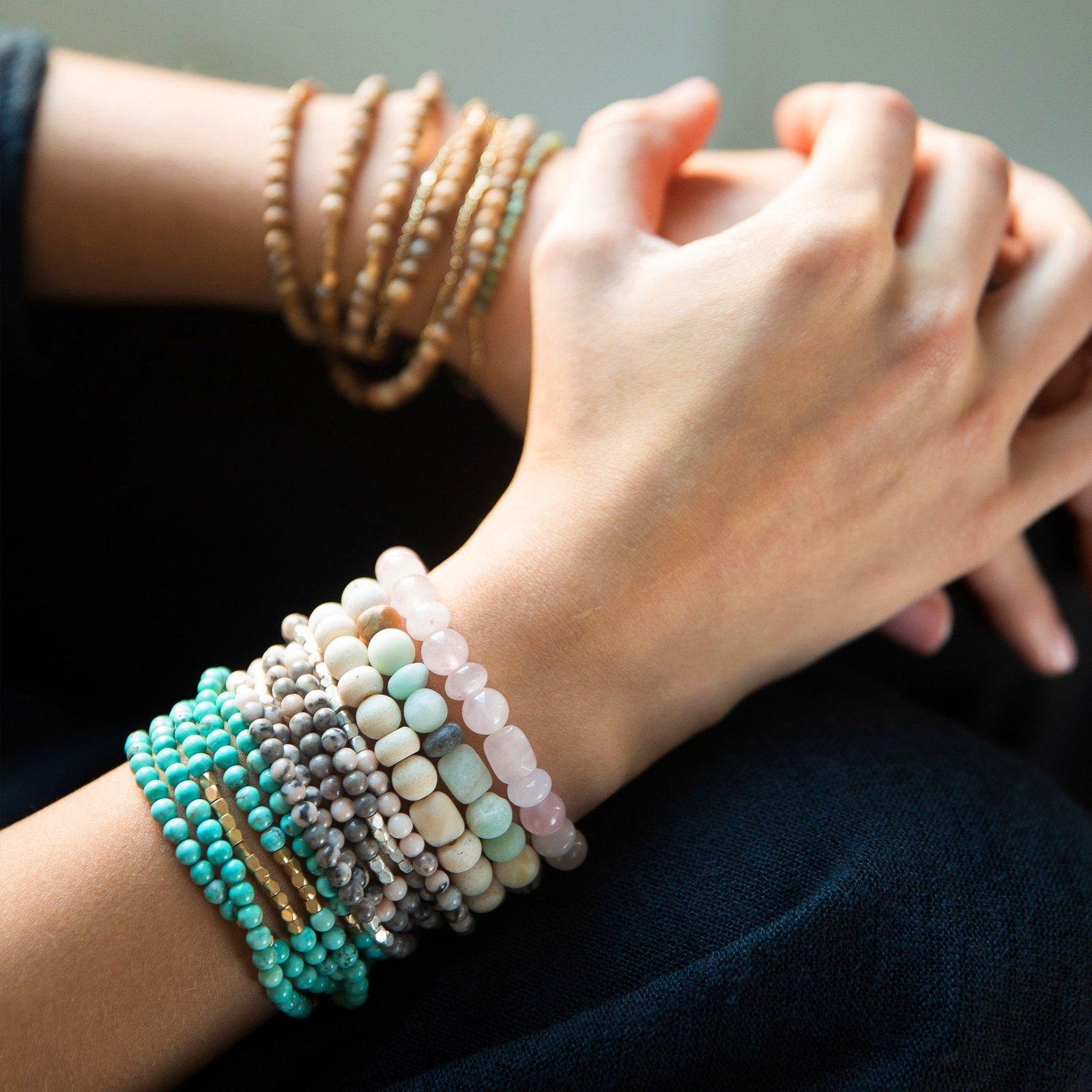 Lithothérapie - Pierres et Bijoux de Cristal-  Zeina Raya