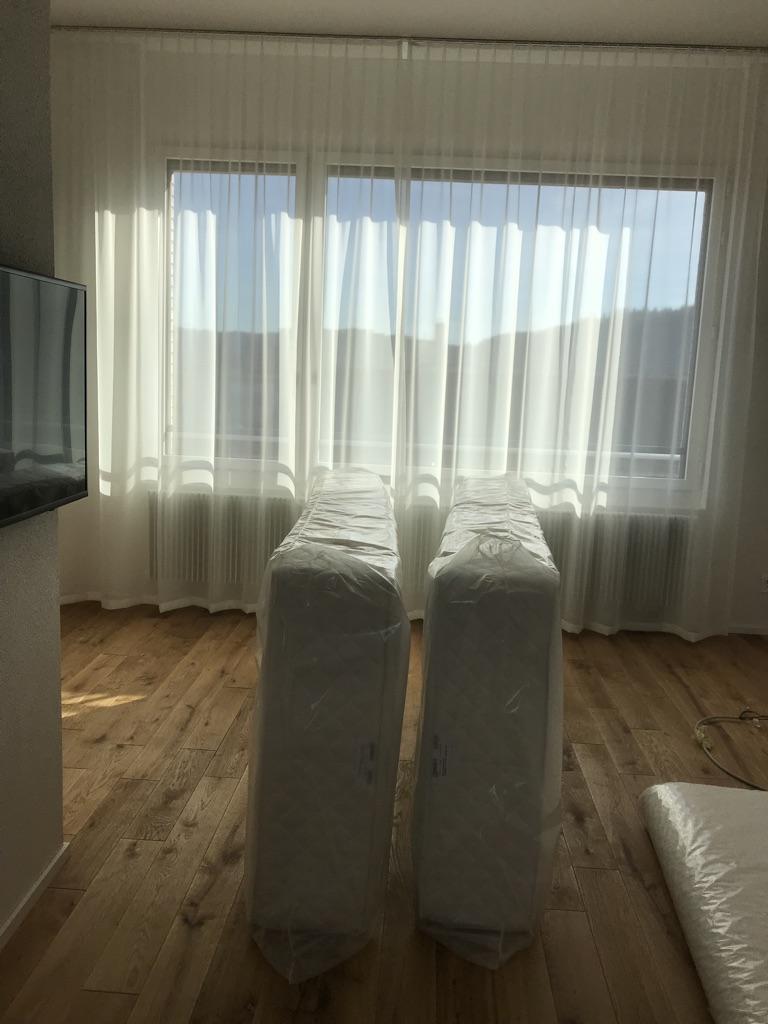 Matratzen geliefert ins Hotel.jpg