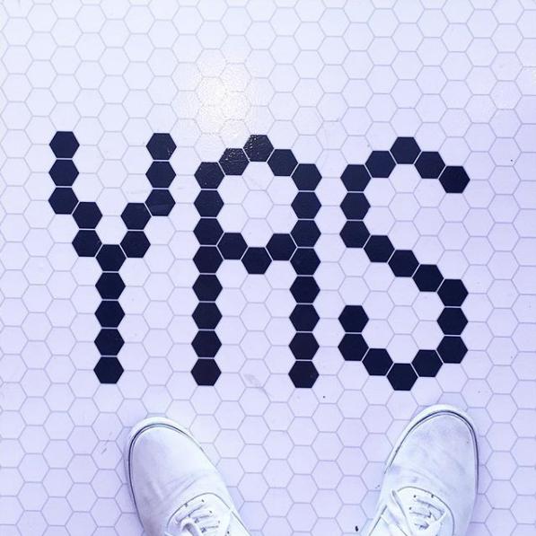 yas-queen.png