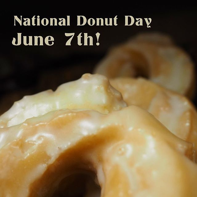 We missed out last year but... National Donut Day is this Friday!  June 7th, come on into the shop and we'll give you a free Old Fashioned donut! (While supplies last, they'll go fast!) • • #donuts #nationaldonutday #june7 #oldfashioned #sourcream #pastries #coffee #donutday #freedonut #redcoachdonuts #local #michiganmade #swmi #stevensville #cafe