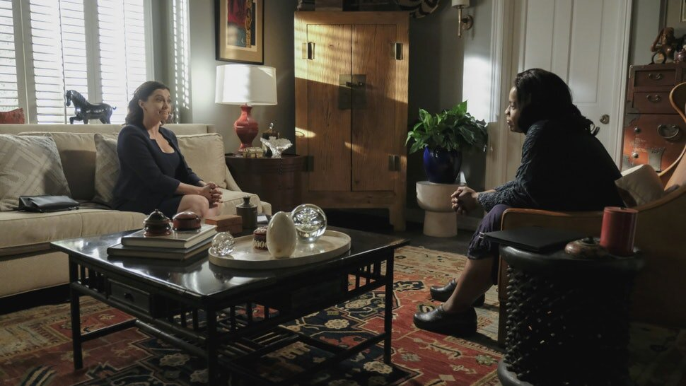 Dr. Akopian of  Crazy Ex Girlfriend  in a session with Rebecca Bunch / image from the CW