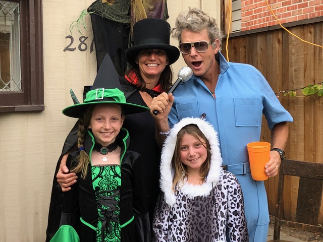Snow leopard, Witch, Hot Magician and Past his prime Elvis