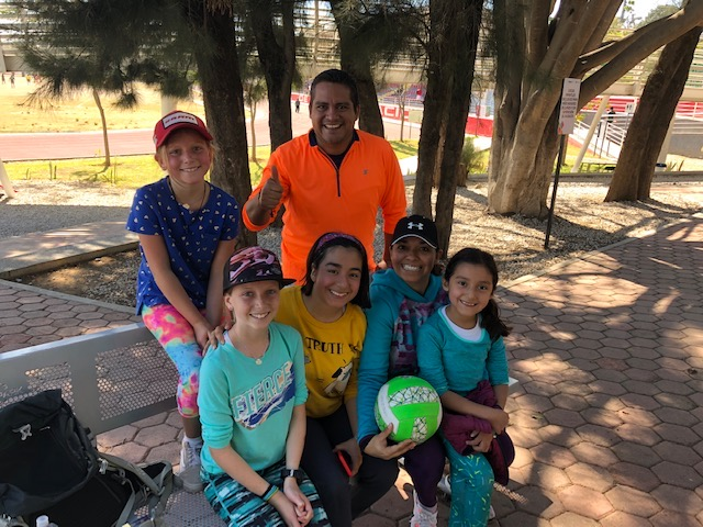 The awesome Mexican family they met at Polideportivo