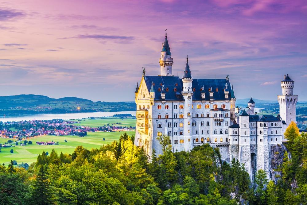 Neuschwanstein cinderella castle.jpg