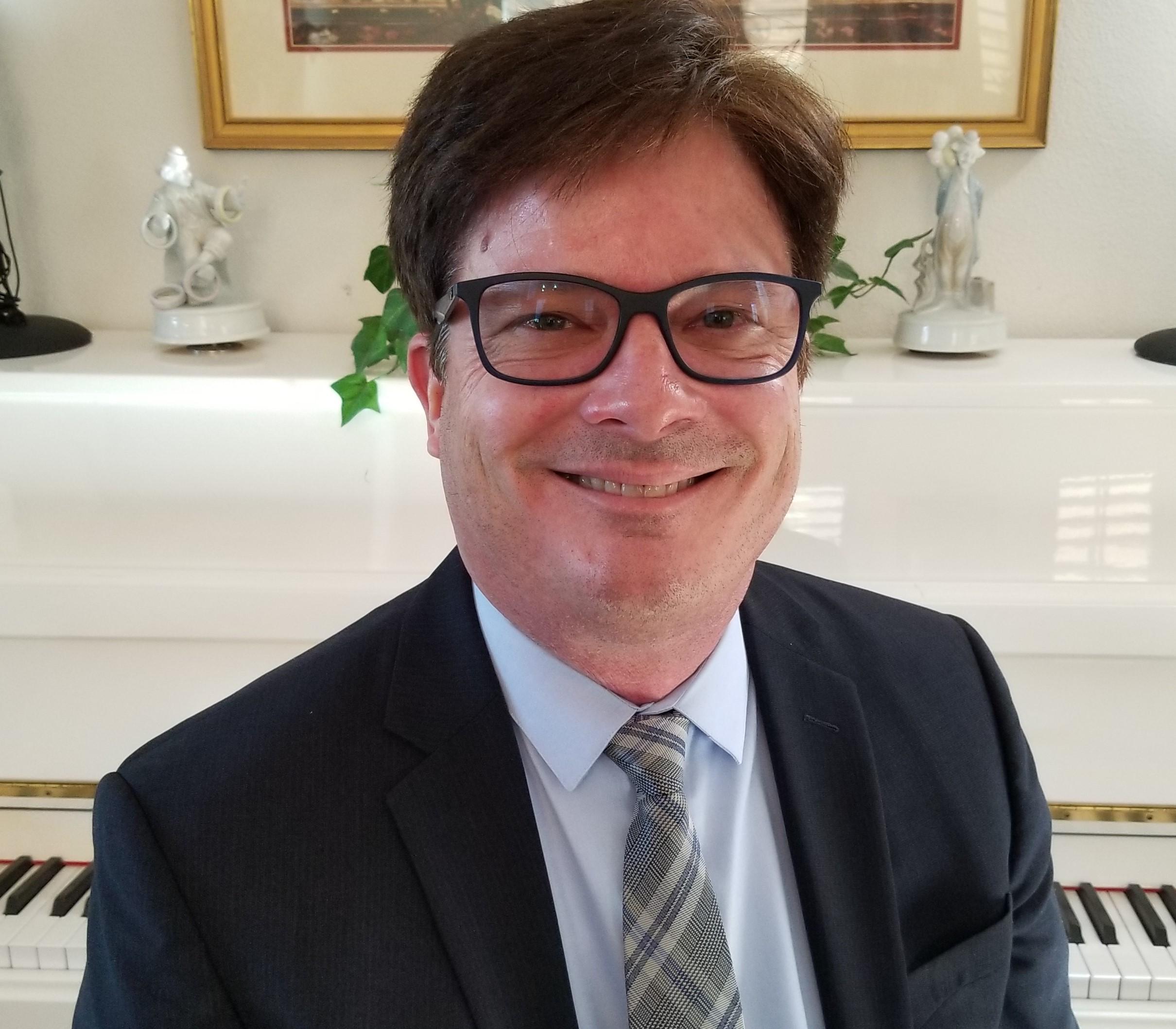 Dennis Frayne