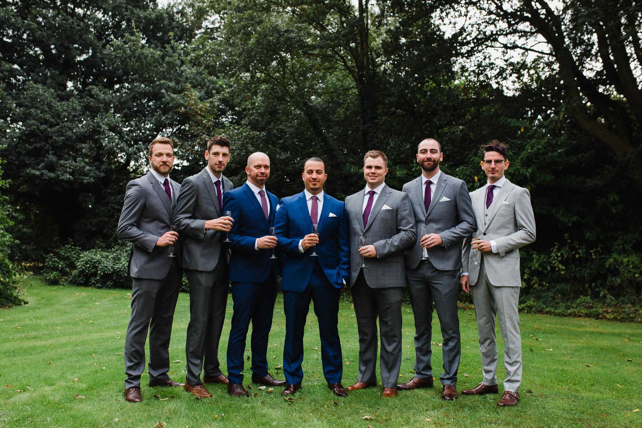 groom and groomsmen group shot