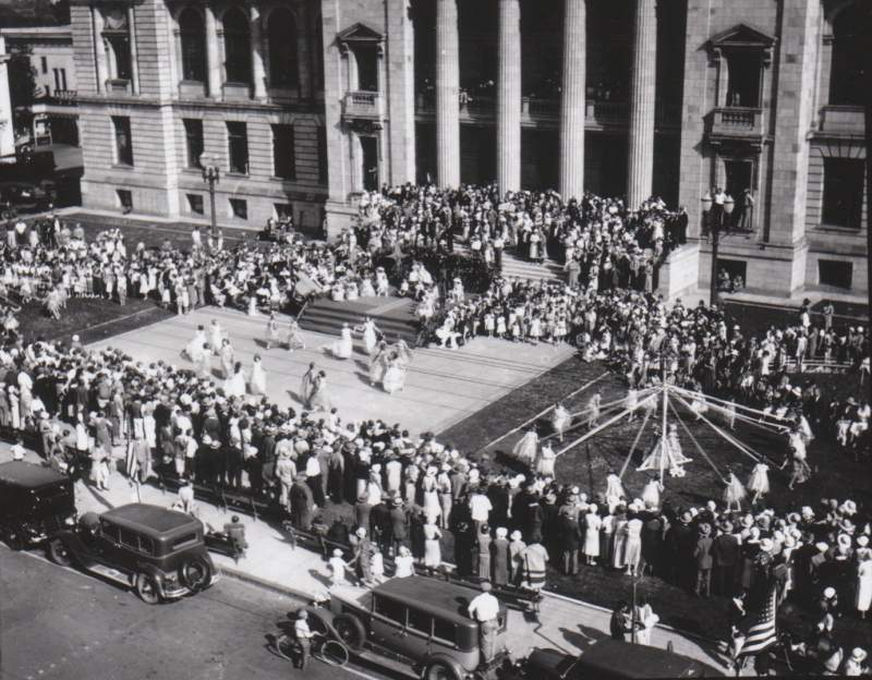 1930s, maypole dancers drew crowds..jpg