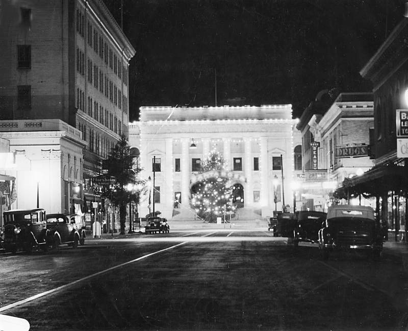 1940s, looking south towards fifth stret.courthouse brightened downtown sant rosa post christmas celebrations, .jpg