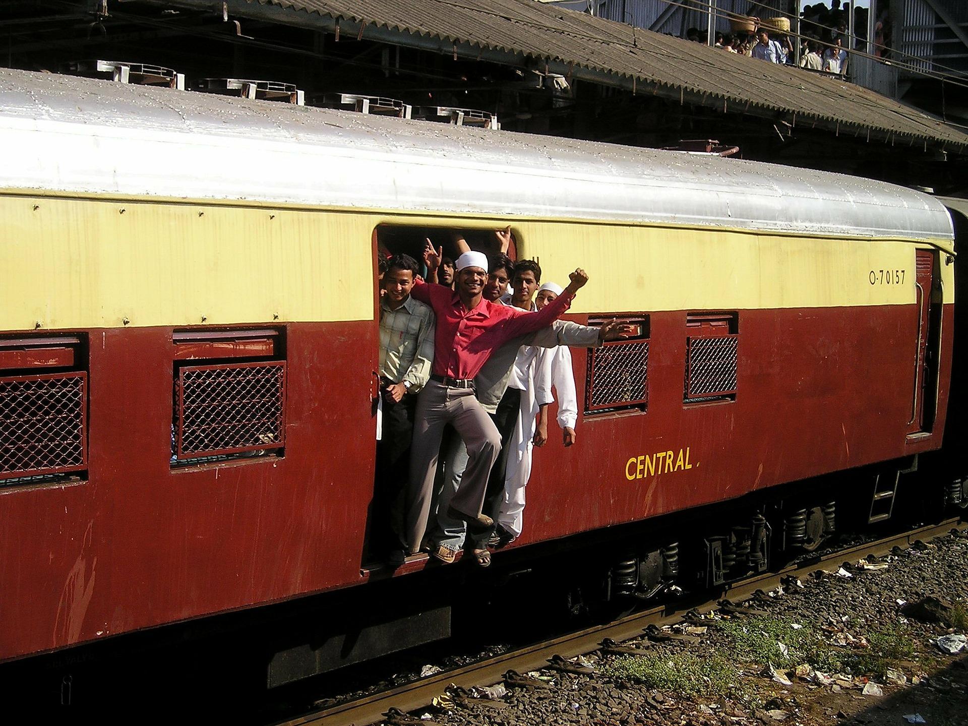 india-treno.jpg
