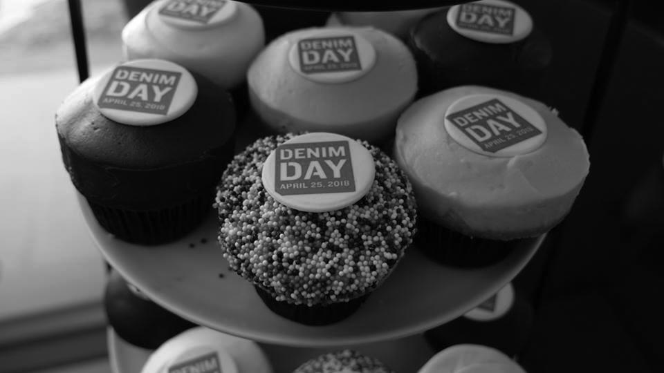 dd-la-hilton-foundation-cupcake.jpg